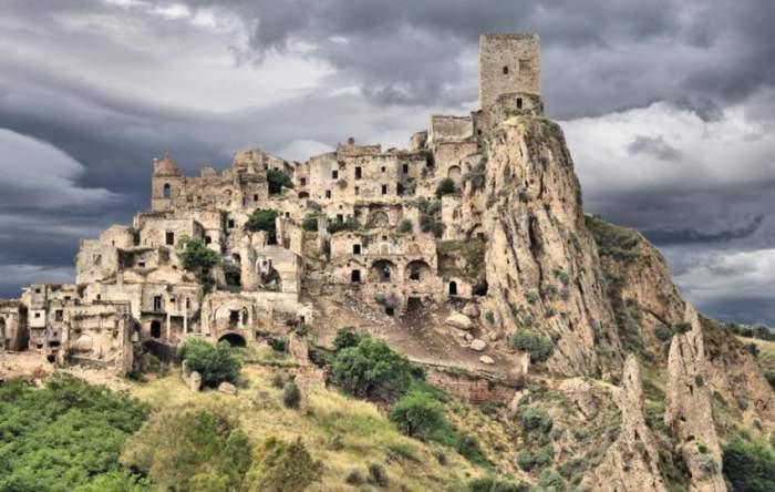 16 مکان رها شده باور نکردنی زیبا (ویدیو)